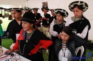 Indígenas 12Oct-Edu13
